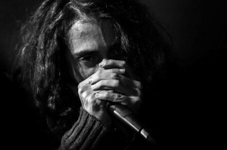 Giuliano 'Logos' rappresenta l'Italia – Coppa del Mondo di Poetry Slam